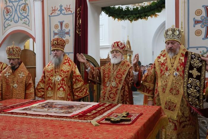 24-Поздняя Божественная литургия.JPG