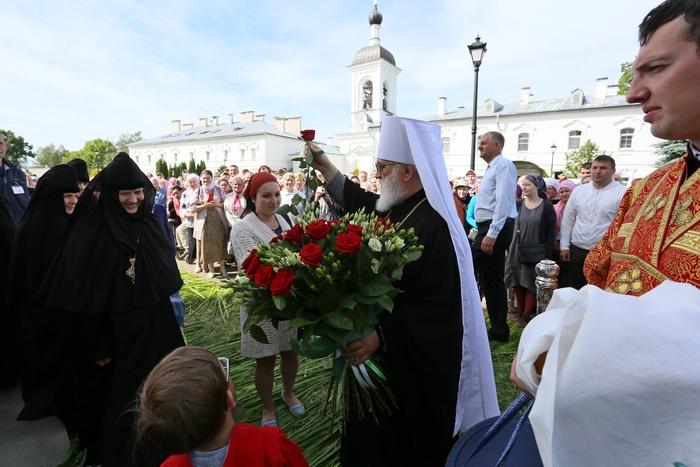 16-Встреча Митрополита Павла.JPG